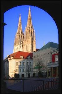 Status GmbH Regensburg